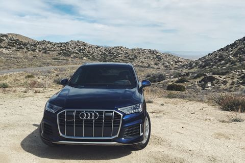 Land vehicle, Vehicle, Car, Luxury vehicle, Automotive design, Natural environment, Sport utility vehicle, Audi, Sky, Compact sport utility vehicle,