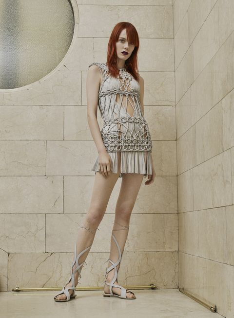 Human leg, Shoulder, Style, Waist, Knee, Fashion, Street fashion, Fashion model, Thigh, One-piece garment,