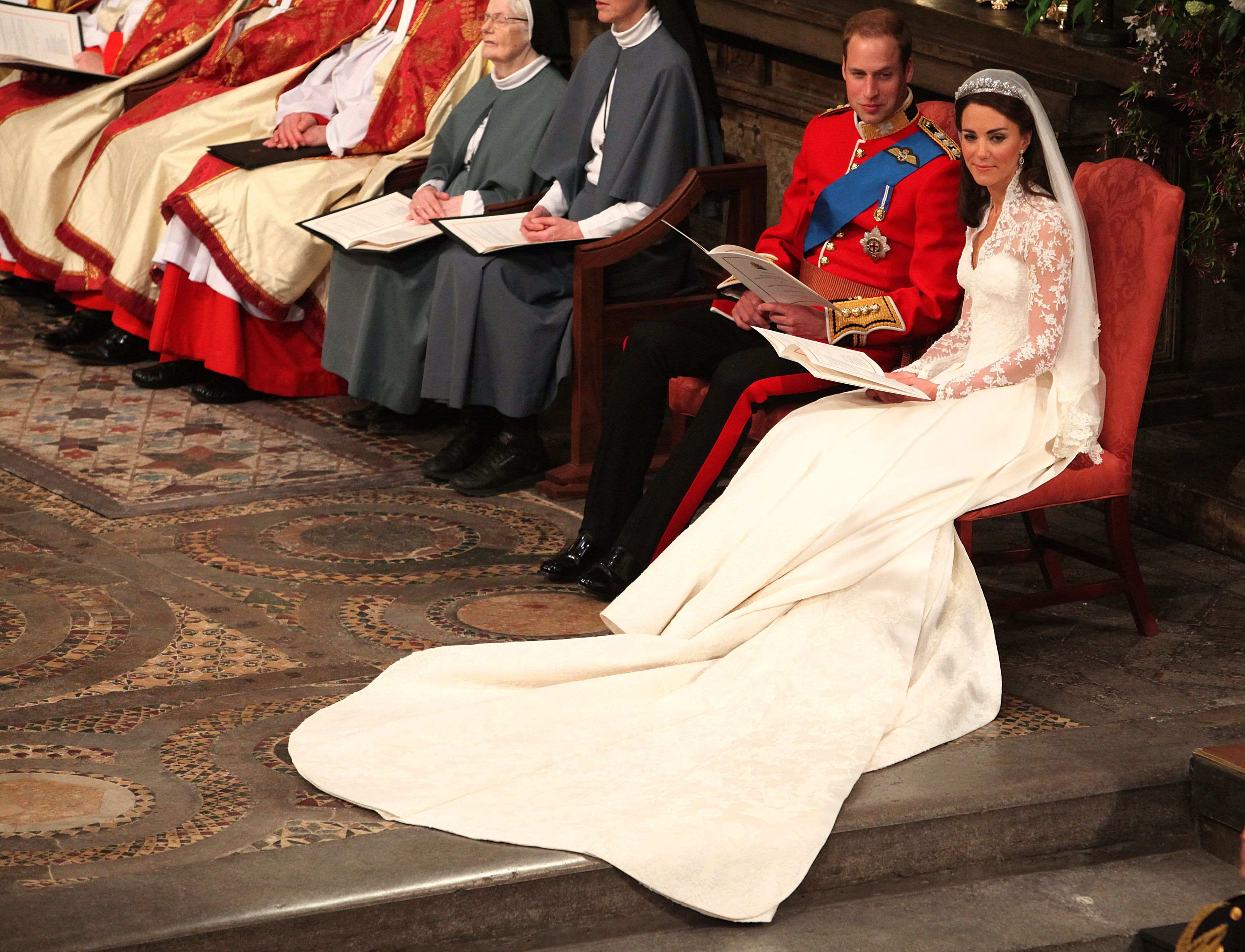 英國皇室婚禮, 黛安娜王妃, 凱特王妃, 梅根馬克爾