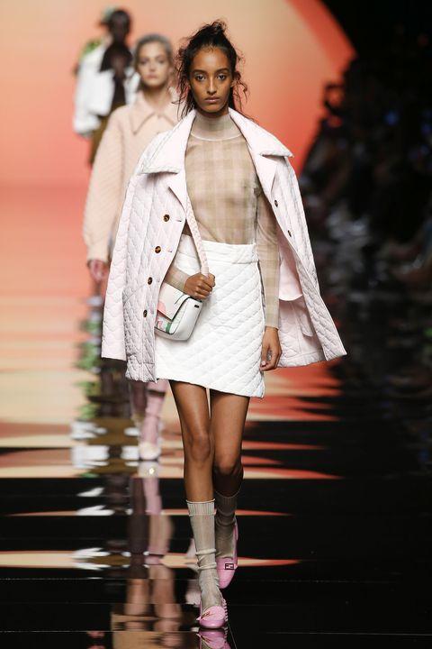Fashion model, Fashion, Runway, Fashion show, Clothing, Fashion design, Beauty, Footwear, Human, Outerwear,