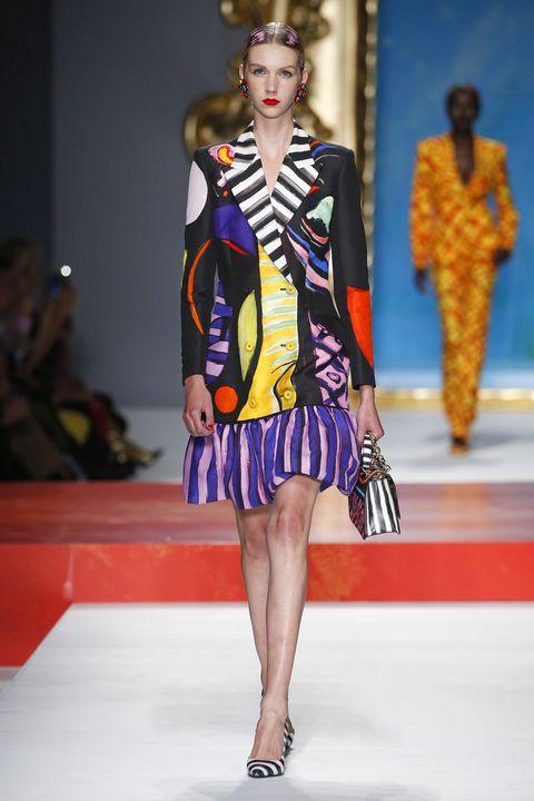 Fashion model, Fashion, Fashion show, Runway, Clothing, Fashion design, Dress, Event, Haute couture, Long hair,