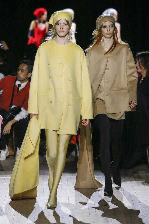 Fashion model, Fashion, Fashion show, Runway, Fashion design, Outerwear, Event, Human, Model, Coat,