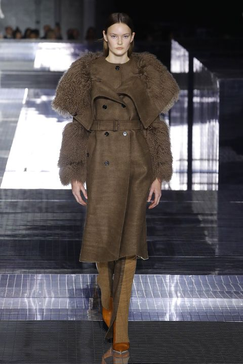 Fashion, Fashion show, Fashion model, Runway, Clothing, Coat, Overcoat, Haute couture, Outerwear, Fur,