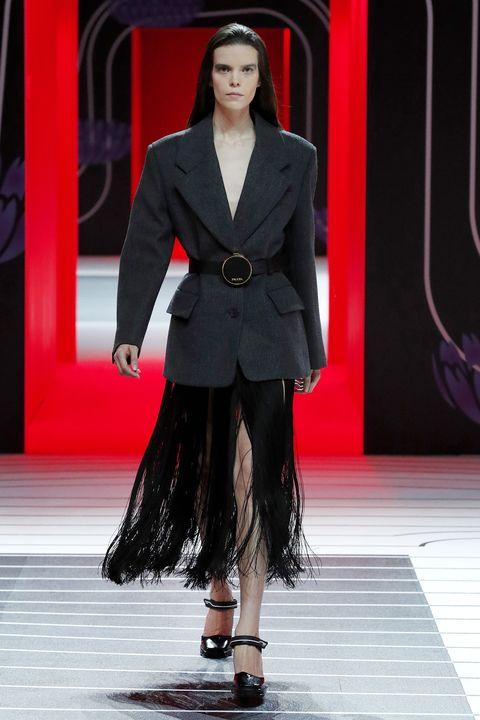 Fashion, Fashion model, Fashion show, Runway, Clothing, Haute couture, Suit, Formal wear, Event, Public event,