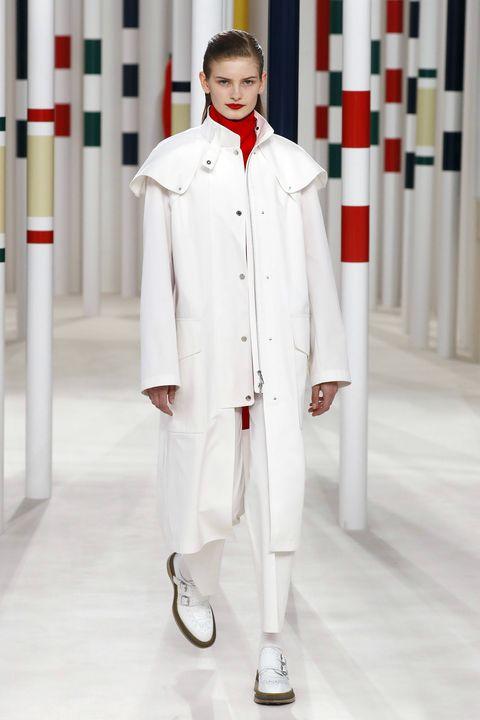 White, Clothing, Uniform, Fashion, Workwear, Formal wear, White coat, Collar, Sleeve, Suit,
