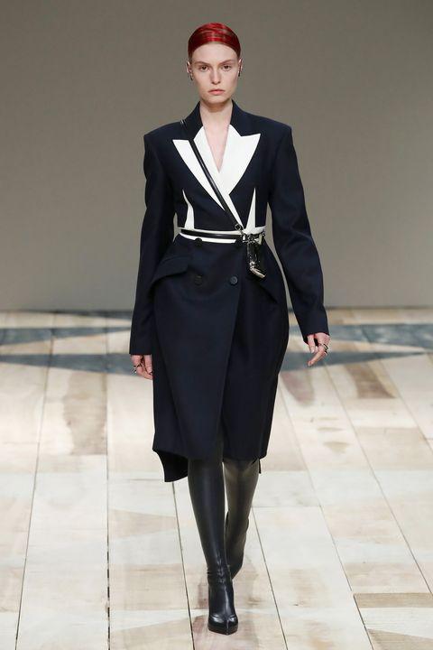 Fashion model, Fashion, Fashion show, Runway, Clothing, Formal wear, Haute couture, Human, Outerwear, Coat,