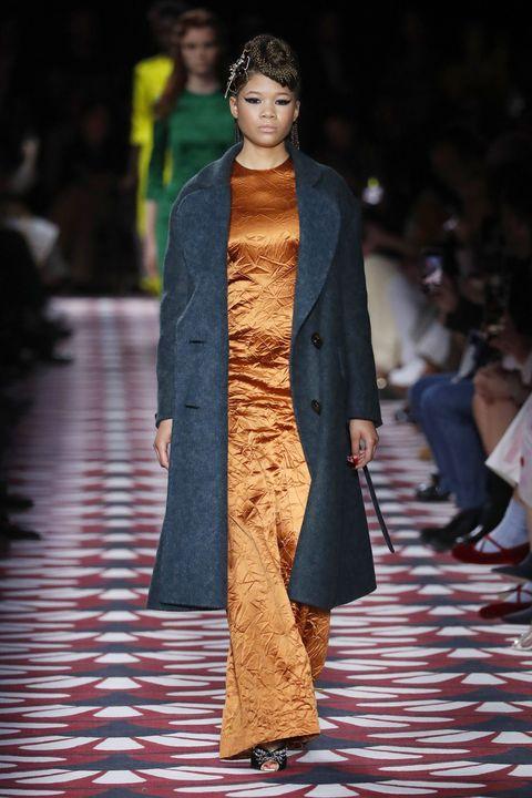 Fashion, Fashion model, Runway, Fashion show, Clothing, Outerwear, Human, Street fashion, Fashion design, Coat,