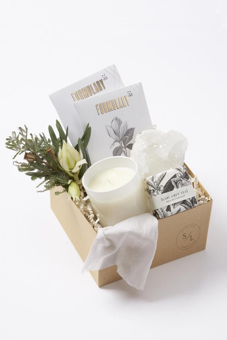 13 Best Valentine\'s Day Gift Baskets - Top Gift Basket Ideas for Him ...