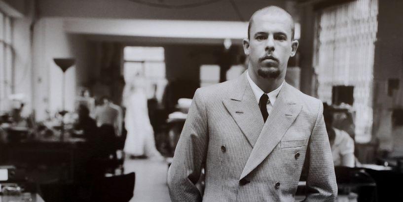 alexander-mcqueen-iconic-fashion-legacy