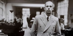 alexander-mcqueen-iconic-fashion-legacy