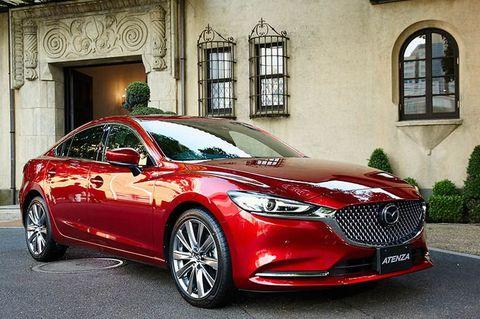 Land vehicle, Vehicle, Car, Automotive design, Motor vehicle, Mid-size car, Personal luxury car, Luxury vehicle, Performance car, Sedan,