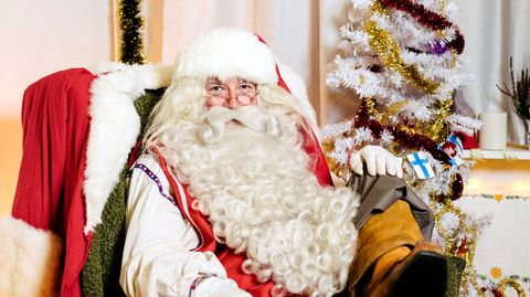 santa claus is taking a virtual route this christmas with airbnb online experiences