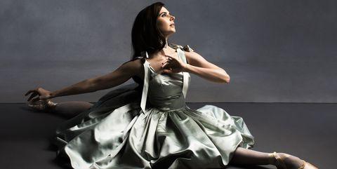 Shoulder, Sitting, Fashion, Black hair, Flash photography, Animation, Photo shoot, Fashion model, Costume, Day dress,