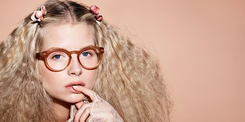 Eyewear, Lip, Hairstyle, Beauty, Eyelash, Long hair, Hair accessory, Flash photography, Brown hair, Portrait photography,