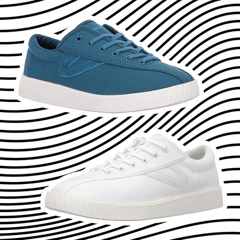 Footwear, Shoe, White, Walking shoe, Sneakers, Skate shoe, Line, Outdoor shoe, Plimsoll shoe, Athletic shoe,
