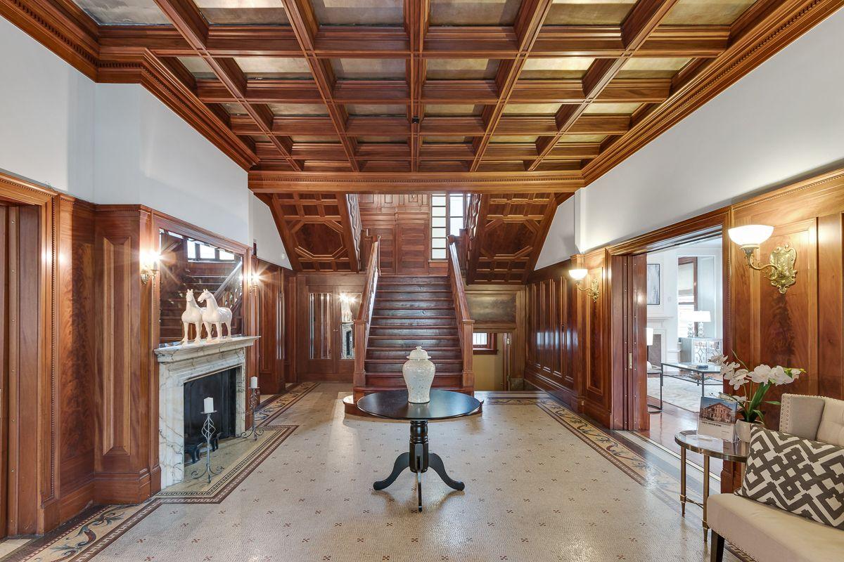 Wrigley Mansion Chicago