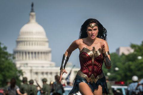 《神力女超人1984》蓋兒加朵自曝與「豹女」不合原因!「神力女超人」金牌導演連線記者會親揭必看亮點
