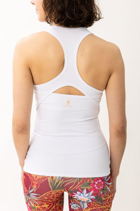 Clothing, White, Undergarment, Waist, Undergarment, Neck, Active tank, camisoles, Muscle, Abdomen,