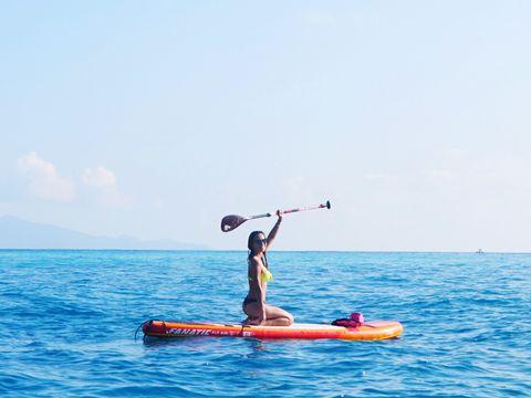 Water transportation, Recreation, Vehicle, Outdoor recreation, Water sport, Kayak, Kayaking, Boat, Sea kayak, Watercraft,
