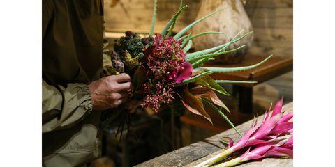 Floristry, Flower, Flower Arranging, Floral design, Bouquet, Cut flowers, Plant, Ikebana, Art, Artwork,