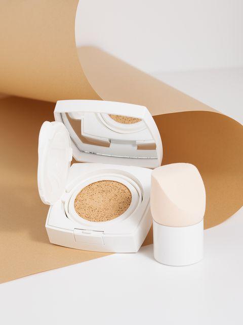 Skin, Product, Beauty, Beige, Cosmetics, Face powder, Powder,