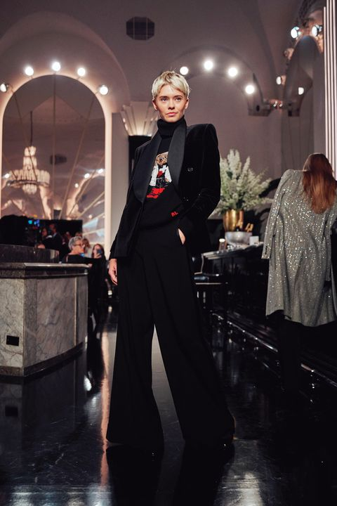 Fashion, Clothing, Suit, Formal wear, Fashion model, Dress, Haute couture, Tuxedo, Event, Fashion design,