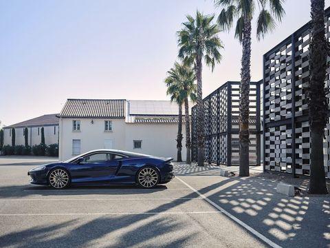 マクラーレン初のグランドツアラー、「マクラーレン GT」の魅力に迫る