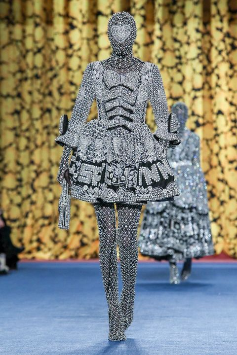 Pattern, Street fashion, Visual arts, Costume design, One-piece garment, Sculpture, Fashion design, Pattern,