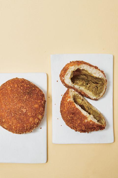Food, Finger food, Snack, Ingredient, Dish, Sliced bread, Baked goods, Breakfast, Plate, Comfort food,