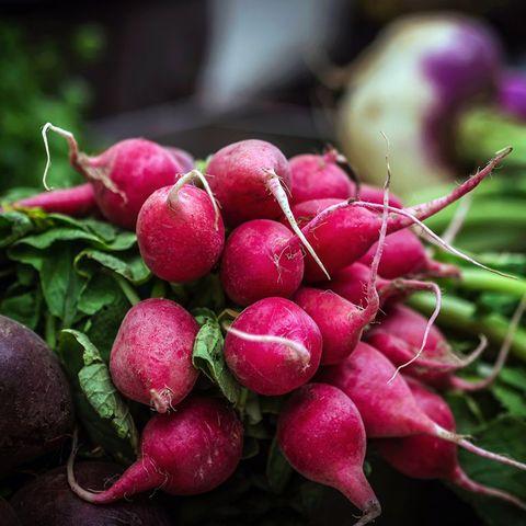 Radish, Natural foods, Vegetable, Beetroot, Plant, Turnip, Local food, Beet, Food, Flower,