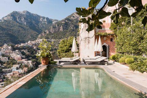Swimming pool, Property, Natural landscape, Building, Water, Villa, Estate, House, Tourism, Architecture,