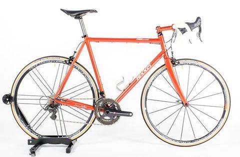 Land vehicle, Bicycle, Bicycle wheel, Bicycle frame, Bicycle part, Vehicle, Bicycle tire, Racing bicycle, Bicycles--Equipment and supplies, Bicycle handlebar,
