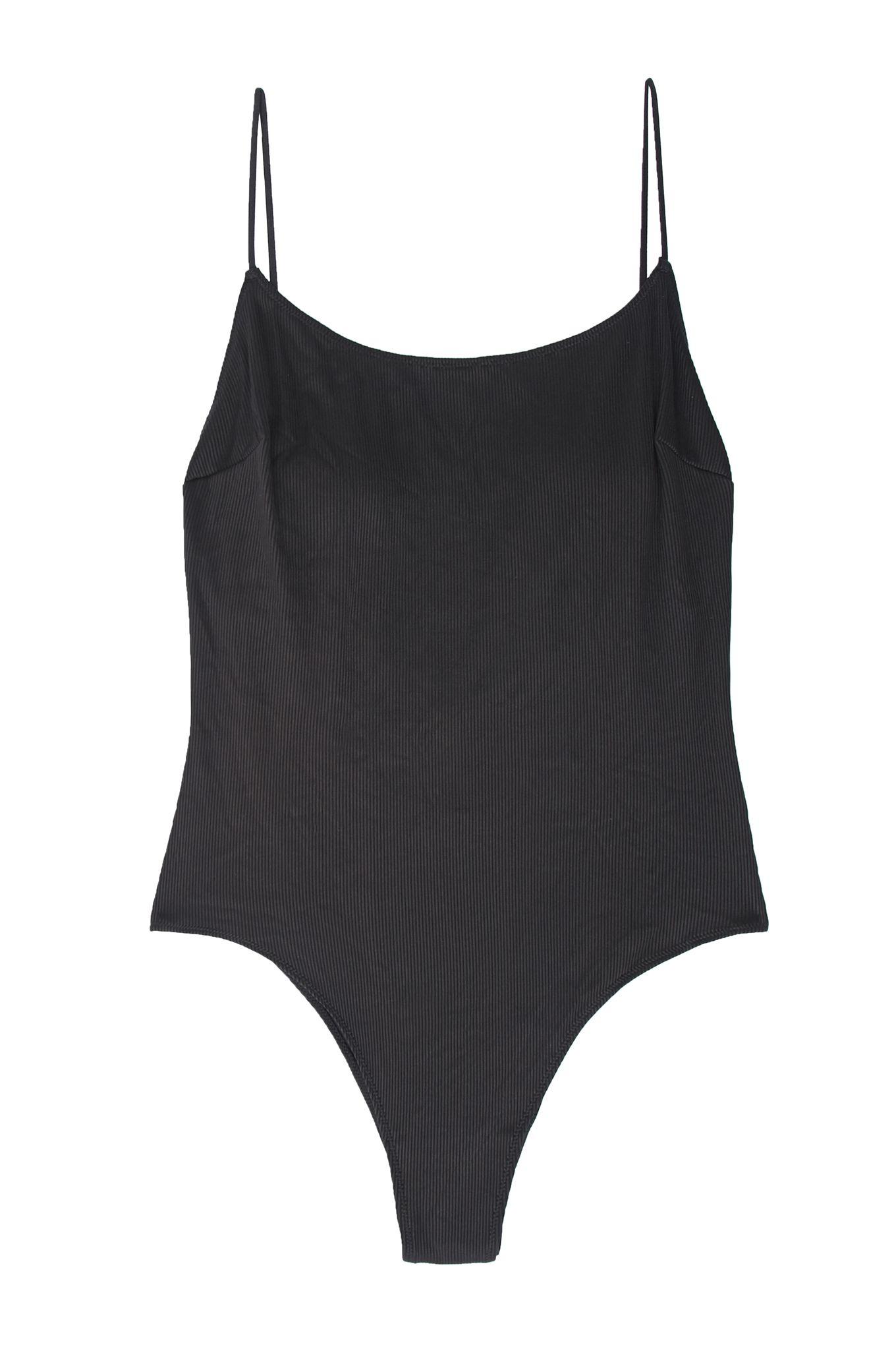 Scopri i costumi da bagno interi per il mare o la piscina più di tendenza per la moda mare 2018 e guarda le immagini della gallery e scopri i modelli più eleganti da indossare in spiaggia.