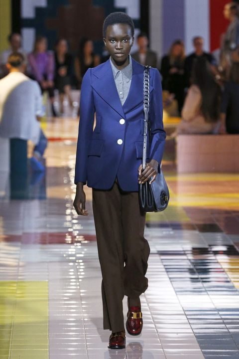 Fashion, Suit, Runway, Fashion show, Fashion model, Blazer, Outerwear, Formal wear, Human, Event,