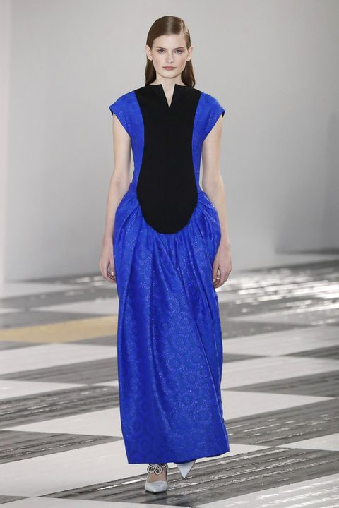 Fashion model, Cobalt blue, Fashion, Fashion show, Blue, Clothing, Runway, Dress, Electric blue, Haute couture,