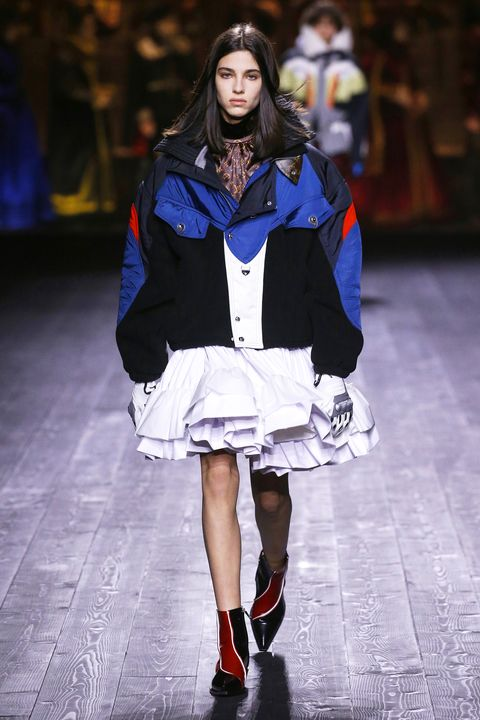 Fashion model, Fashion, Fashion show, Runway, Clothing, Street fashion, Electric blue, Outerwear, Human, Fashion design,