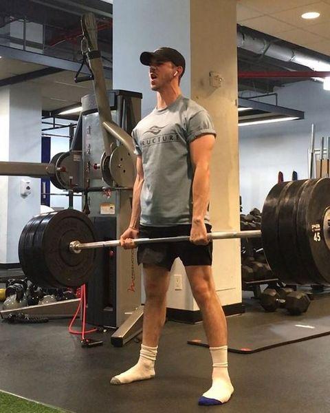 腹筋,トレーニング,パンプアップ,筋肉,やせ型,ガリ,増量,イケメン,痩せ型 筋肉,プロテイン,筋トレ 方法,バルク アップ