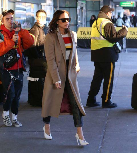 Street fashion, Clothing, Snapshot, Fashion, Footwear, Outerwear, Street, Coat, Sunglasses, Costume,