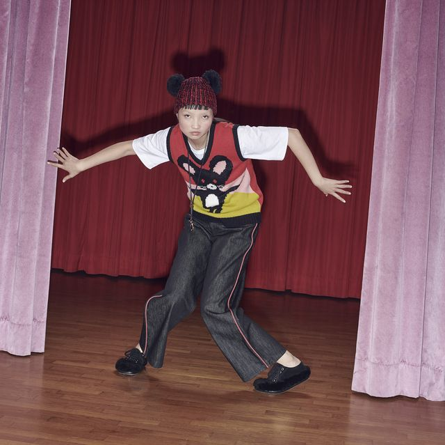 Talent show, Dance, Choreography, Fun, Dancer, Curtain, Performing arts, Textile, Event, Performance,