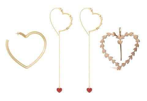 A San Valentino 2019significa anche gioielli, da regalare, ricevere e scambiare con la persona che ami perché simboli di un sentimento profondo, scegli il tuo tra orecchini, cuore pendenti e scritte LOVE e TVB.