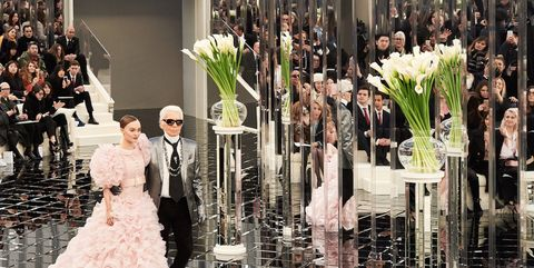Trousers, Event, Coat, Petal, Dress, Outerwear, Suit, Formal wear, Bouquet, Ceremony,