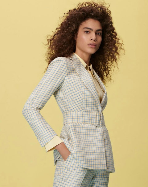 Clothing, White, Outerwear, Fashion model, Blazer, Suit, Photo shoot, Formal wear, Beauty, Hairstyle,