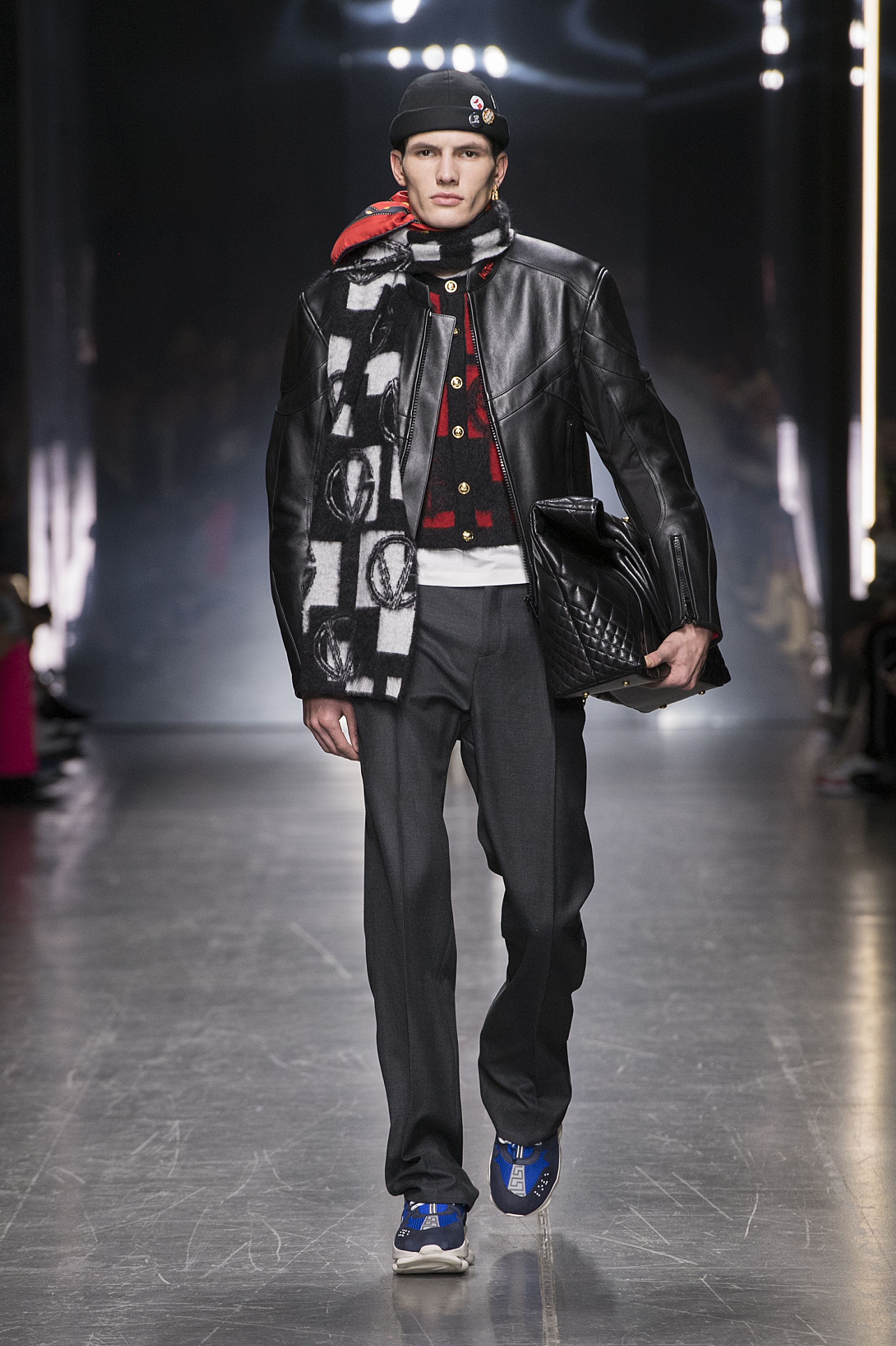 Versace Fall Winter 2019 Every Look From Versace Men S Fall Winter