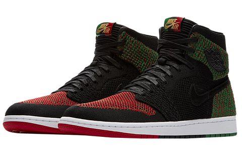 Shoe, Footwear, Sneakers, Basketball shoe, Maroon, Skate shoe, Outdoor shoe, Athletic shoe, Carmine, Walking shoe,