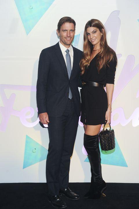 Fashion, Suit, Formal wear, Event, Footwear, Dress, Tuxedo, Leg, Little black dress, Premiere,