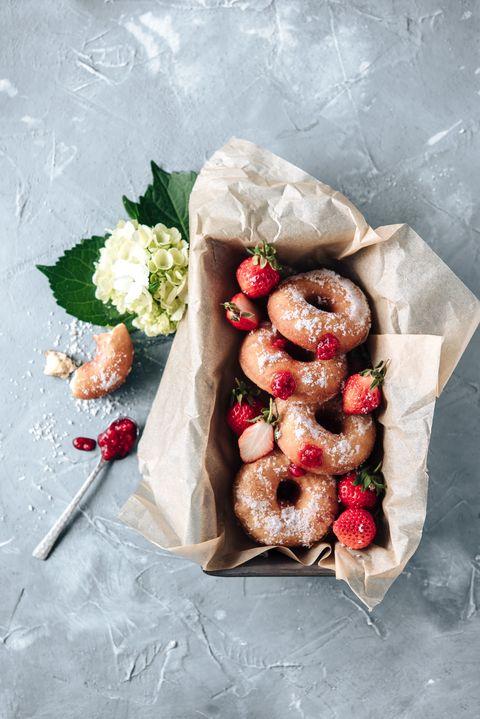 莓果甜甜圈