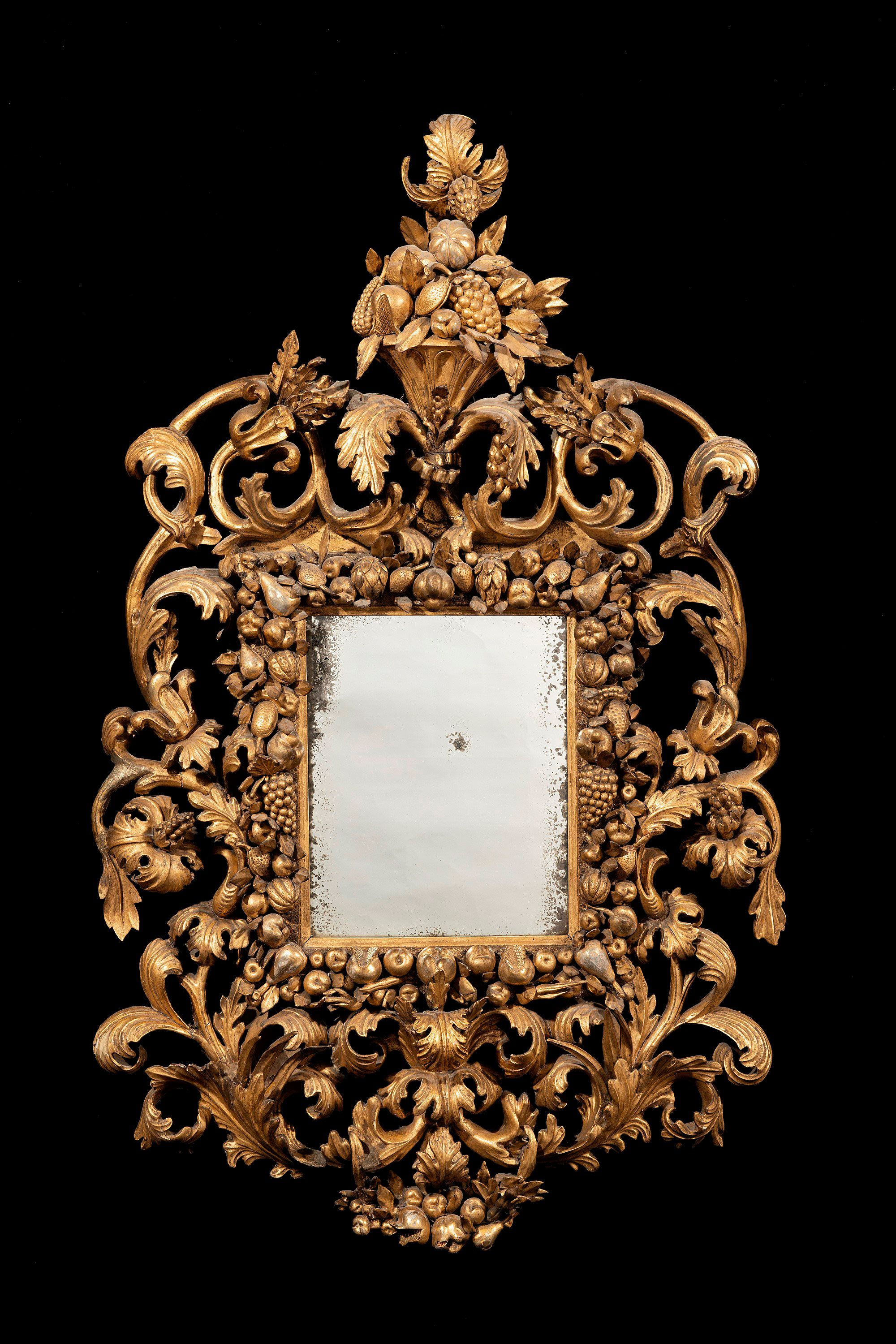 17th century carved giltwood and gesso Florentine mirror, circa 1680
