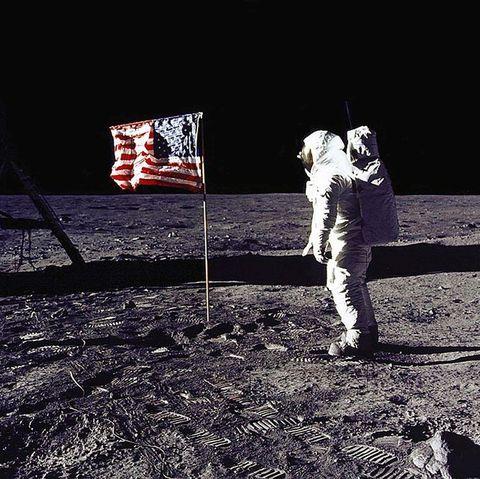 アポロ計画陰謀論者が投げかける疑問がナンセンスな理由