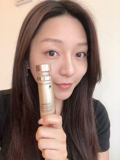 Face, Skin, Lip, Eyebrow, Product, Nose, Beauty, Cheek, Brown hair, Long hair,