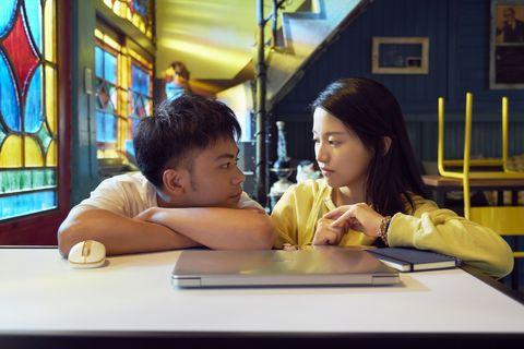 李淳、邵雨薇電影《陪你很久很久》